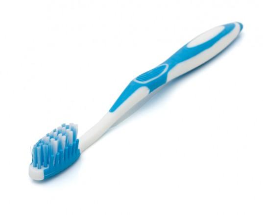 ¿Con que frecuencia se debe reemplazar el cepillo dental?